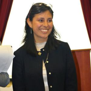 AngelaHernandez300.png